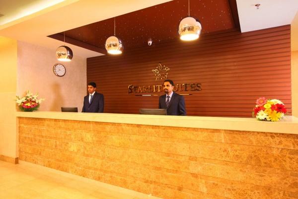 Starlit Suites Cochin - Reception