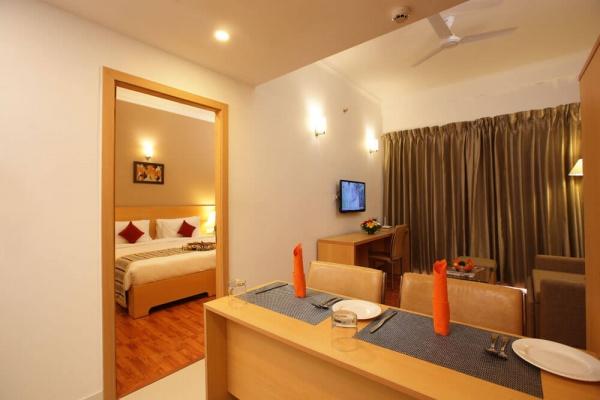 Starlit Suites Cochin - Studio - Living Room
